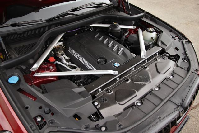 Test-2021-BMW_X6-40d_xDrive- (26)