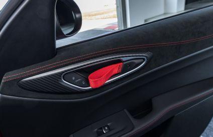 2021-Alfa_Romeo_Giulia_GTA- (9)