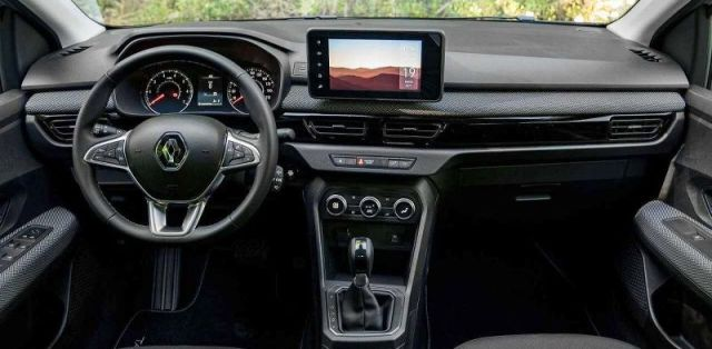 Prevlecena-2021-Dacia_Logan-na-Renault_Taliant- (3)