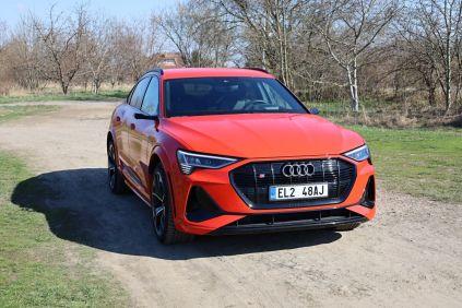 test-2021-elektromobil-audi_e-tron_s_sportback- (1)
