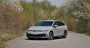 test-2021-volkswagen-golf-variant-15-etsi-dsg-r_line- (1)