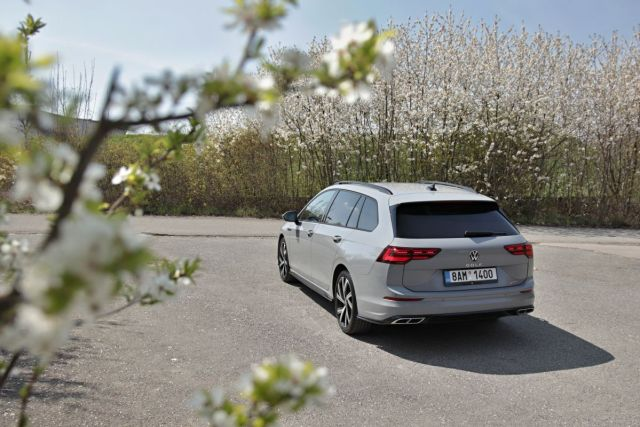 test-2021-volkswagen-golf-variant-15-etsi-dsg-r_line- (7)