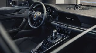 2021-porsche_911_GT3_touring- (8)