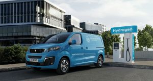 2021-vodik-Peugeot_e-Expert_Hydrogen- (1)