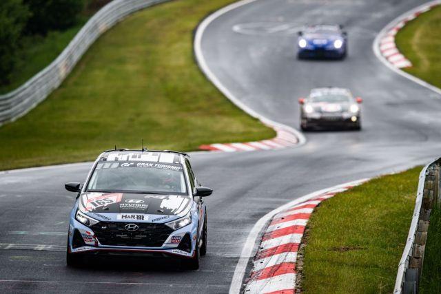 Hyundai_i20_N-zavod-24_hodin_Nurburgring-2021