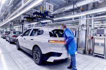2021-07-zahajeni_vyroby-elektromobil-BMW_iX- (9)