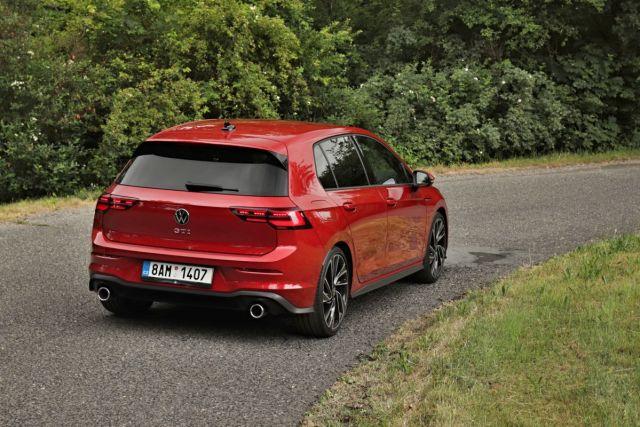 test-2021-volkswagen_golf_gti- (3)