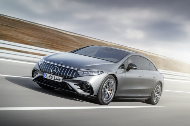 2021-Mercedes-AMG-EQS-53-4MATIC- (2)