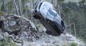 Range_Rover_Sport_SVR_James_Bond-film-No_time_to_die