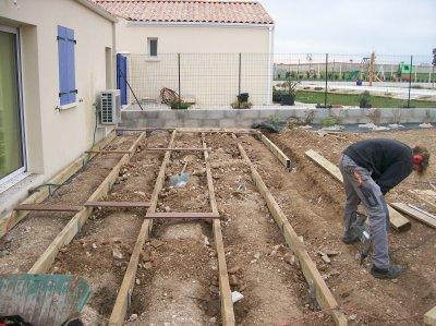 Terrasse bois sur gravier