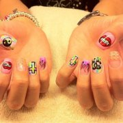 nail art - alternative fashion
