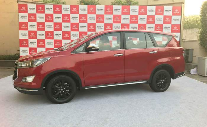 all new kijang innova 2.4 g at diesel harga 2.0 a/t lux toyota crysta price in delhi get on road of touring sport side