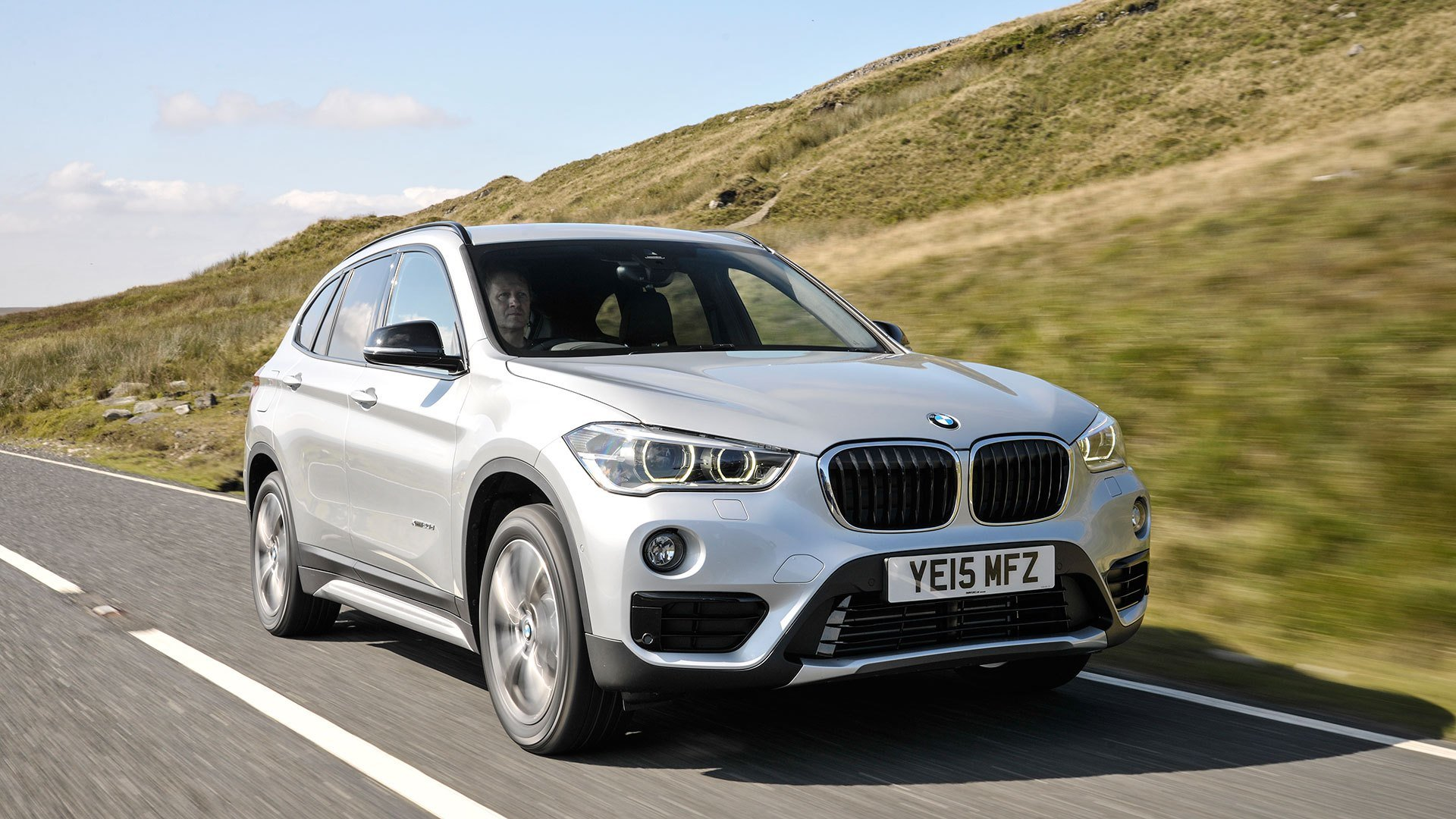 Latest Bmw X1 Suv 2016 Review Auto Trader Uk Free Download