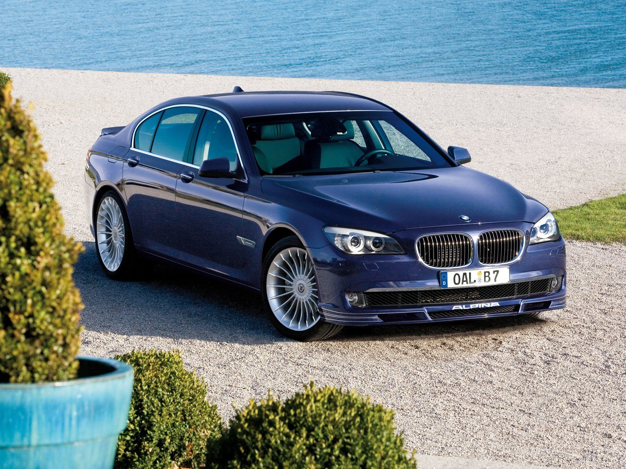 Latest Alpina Auf Dem Genfer Salon 2010 Free Download