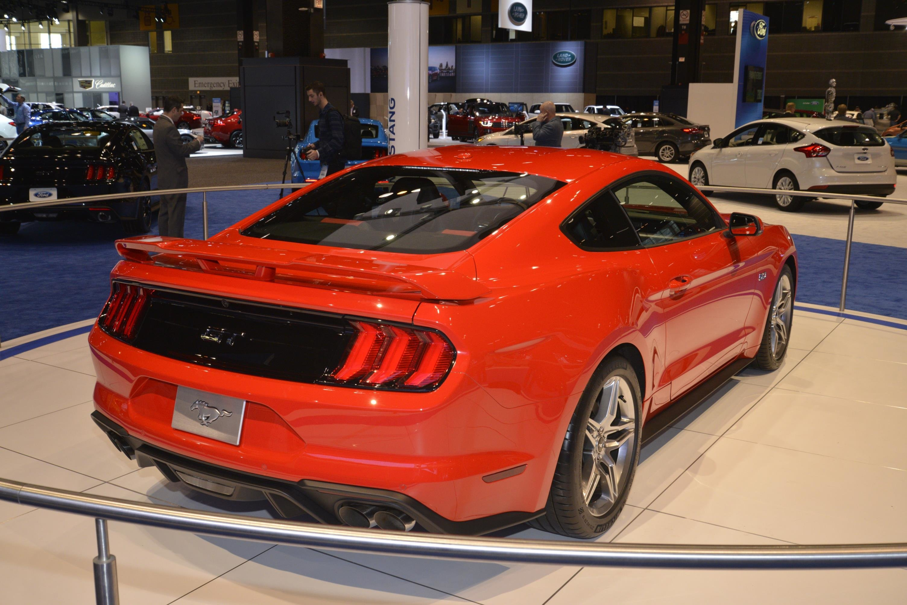 Latest 2018 Ford Mustang Is Ashamed To Show Its Face In Chicago Free Download