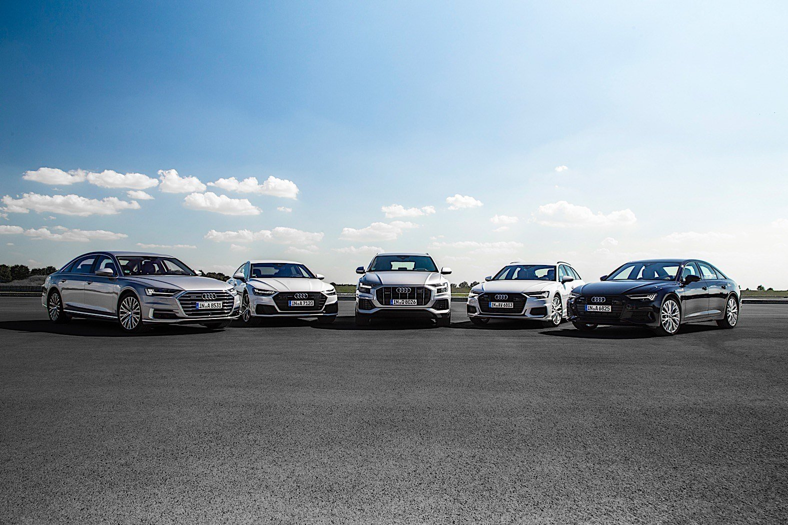 Latest Audi Full Size Cars Line Up For Photoshoot Autoevolution Free Download