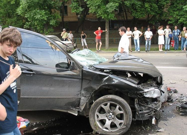 Latest Car Accident Bmw X5 Tear To Pieces Photos It's Your Free Download