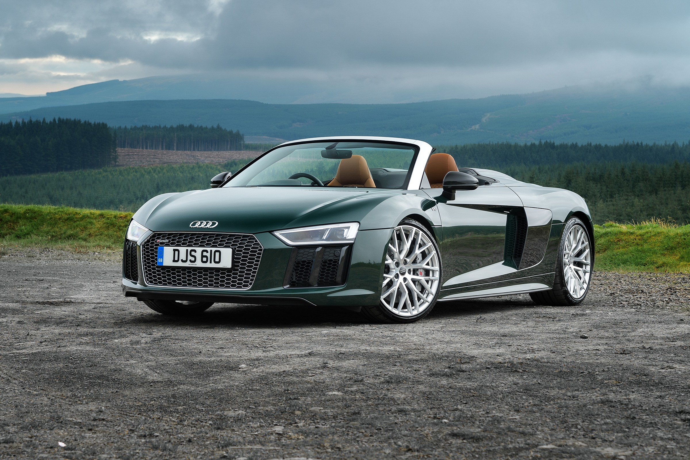 Latest Audi R8 V10 Plus Spyder – The Best Open Top Supercar Evo Free Download
