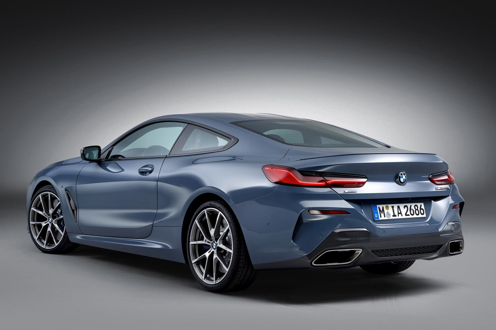Latest New Bmw 8 Series Unveiled In Paris Car Magazine Free Download