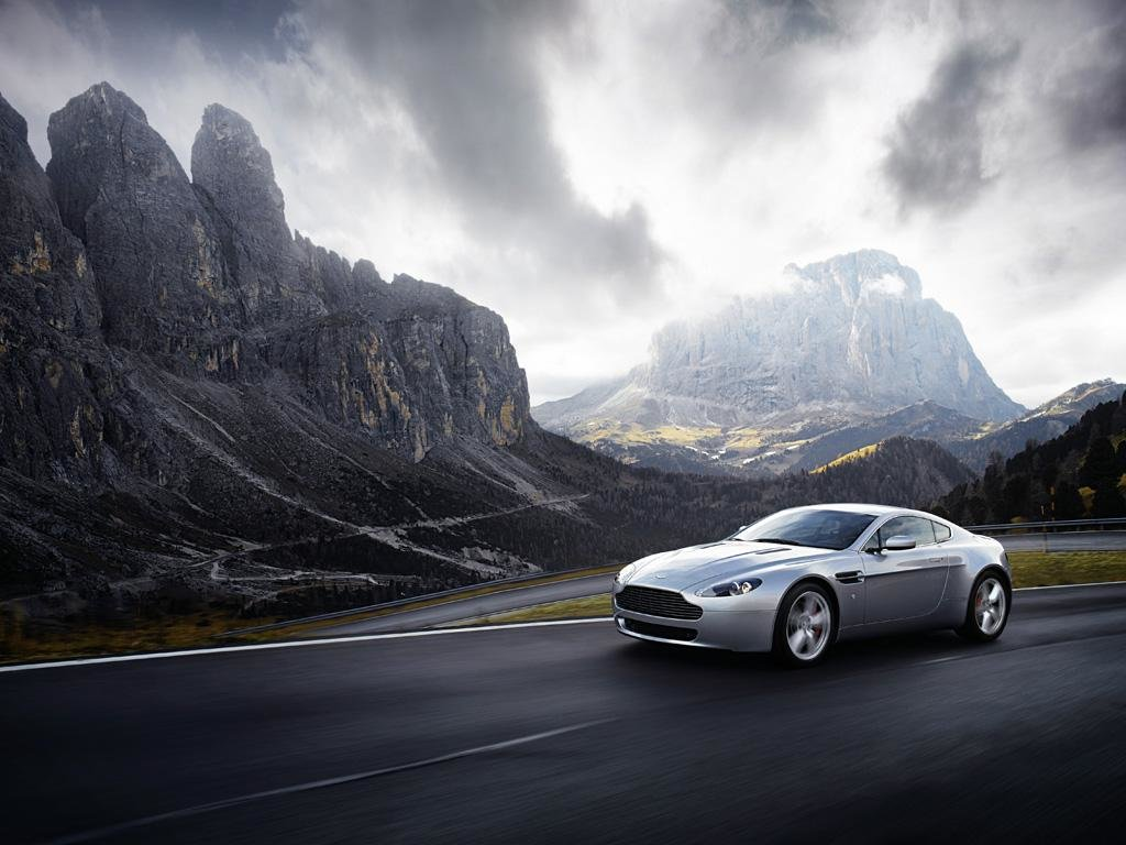 Latest Aston Martin Hd Wallpapers Free Download