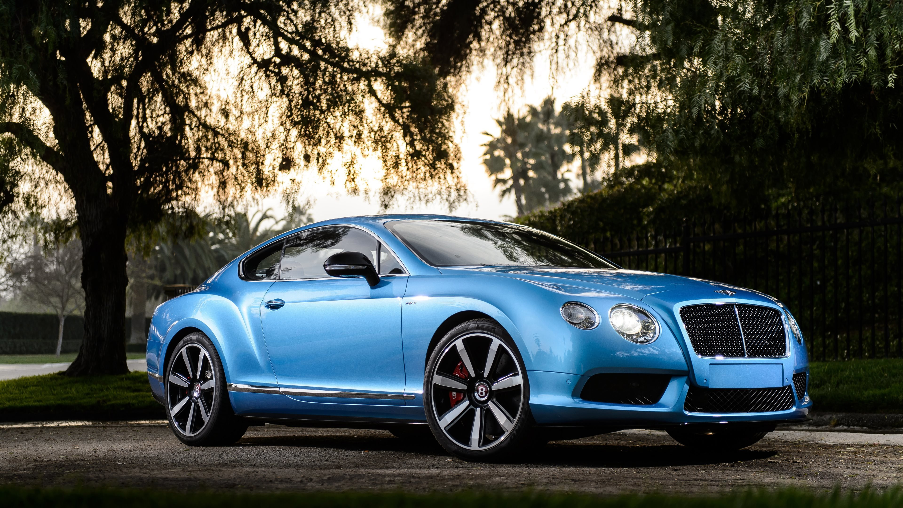 Latest Bentley Cars 2014 Hd Wallpapers · 4K Free Download