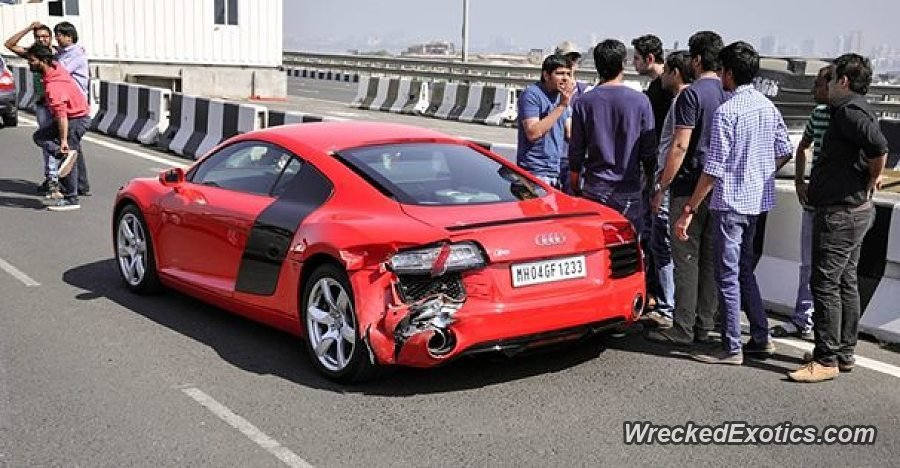 Latest Audi R8 Involved In Multi Car Accident In India Free Download