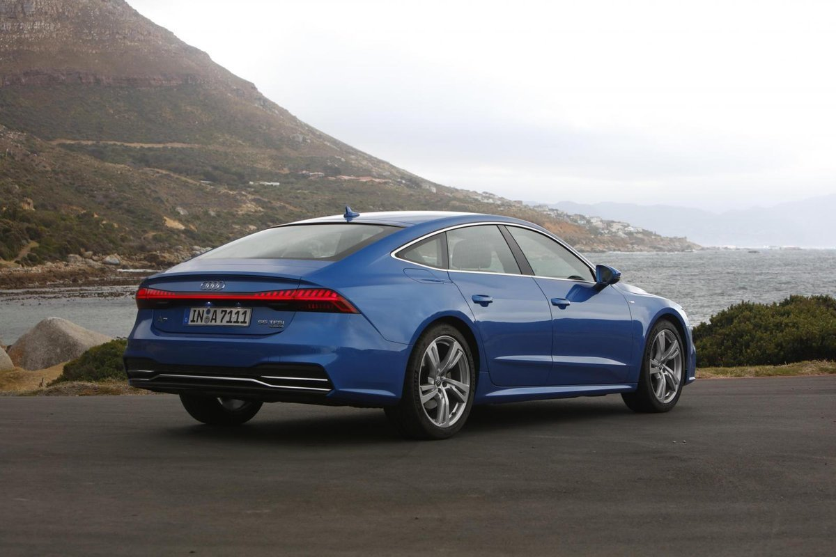 Latest Audi A7 Sportback 2018 International Launch Review Free Download