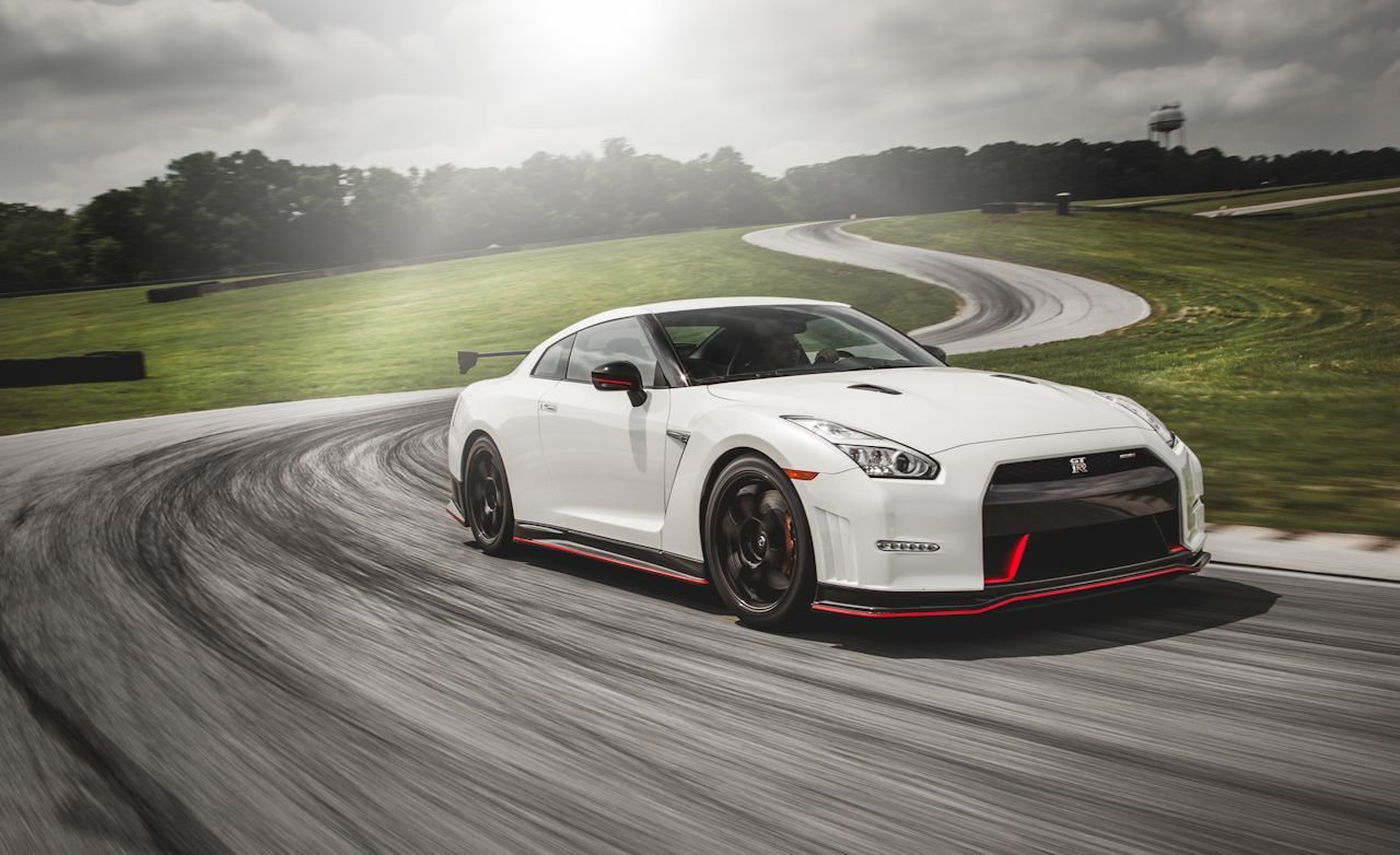 Latest Nissan Gt R Nismo At Lightning Lap 2014 – Feature – Car Free Download