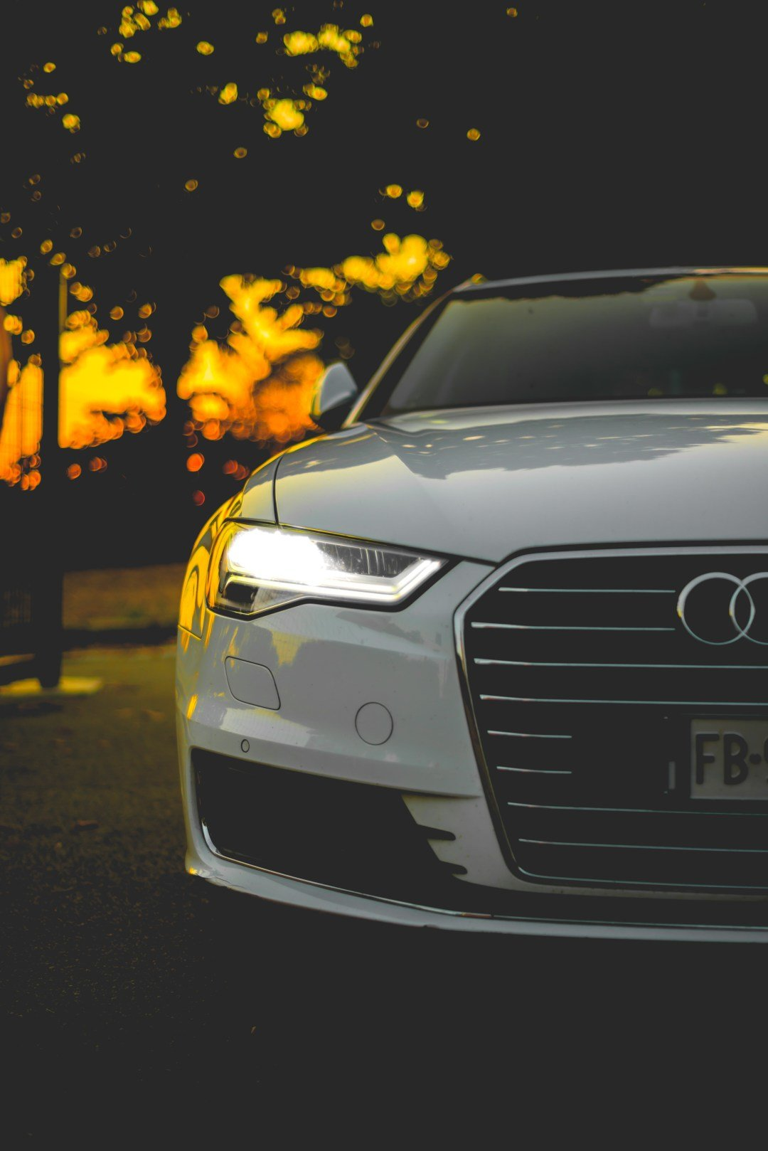 Latest Headlight Pictures Download Free Images On Unsplash Free Download