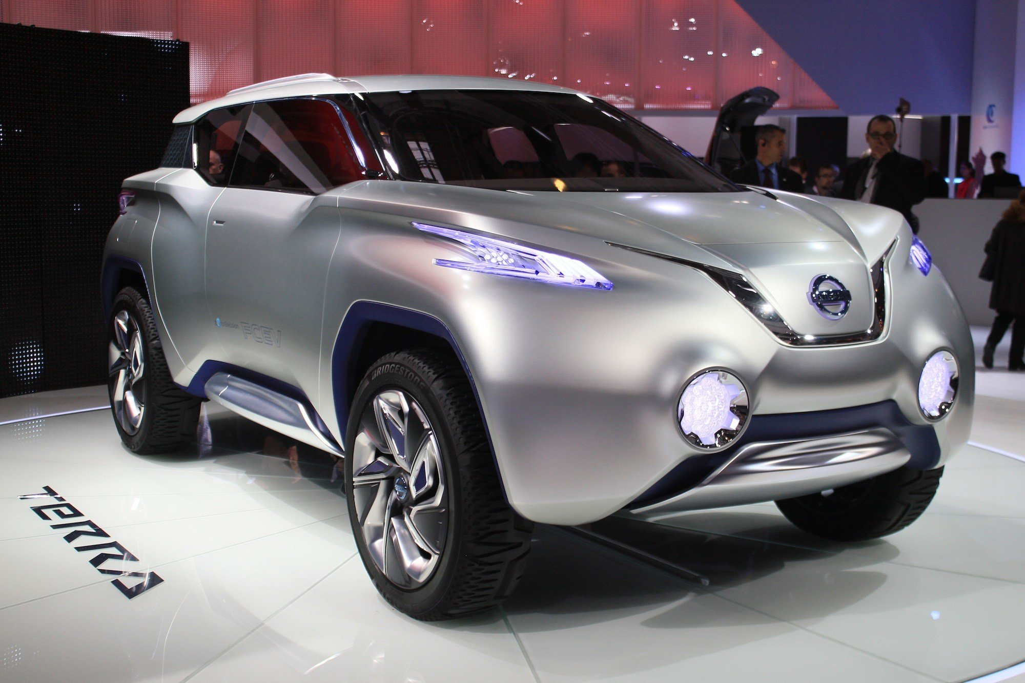 Latest Nissan Terra Concept Live Photos And Video 2012 Paris Free Download