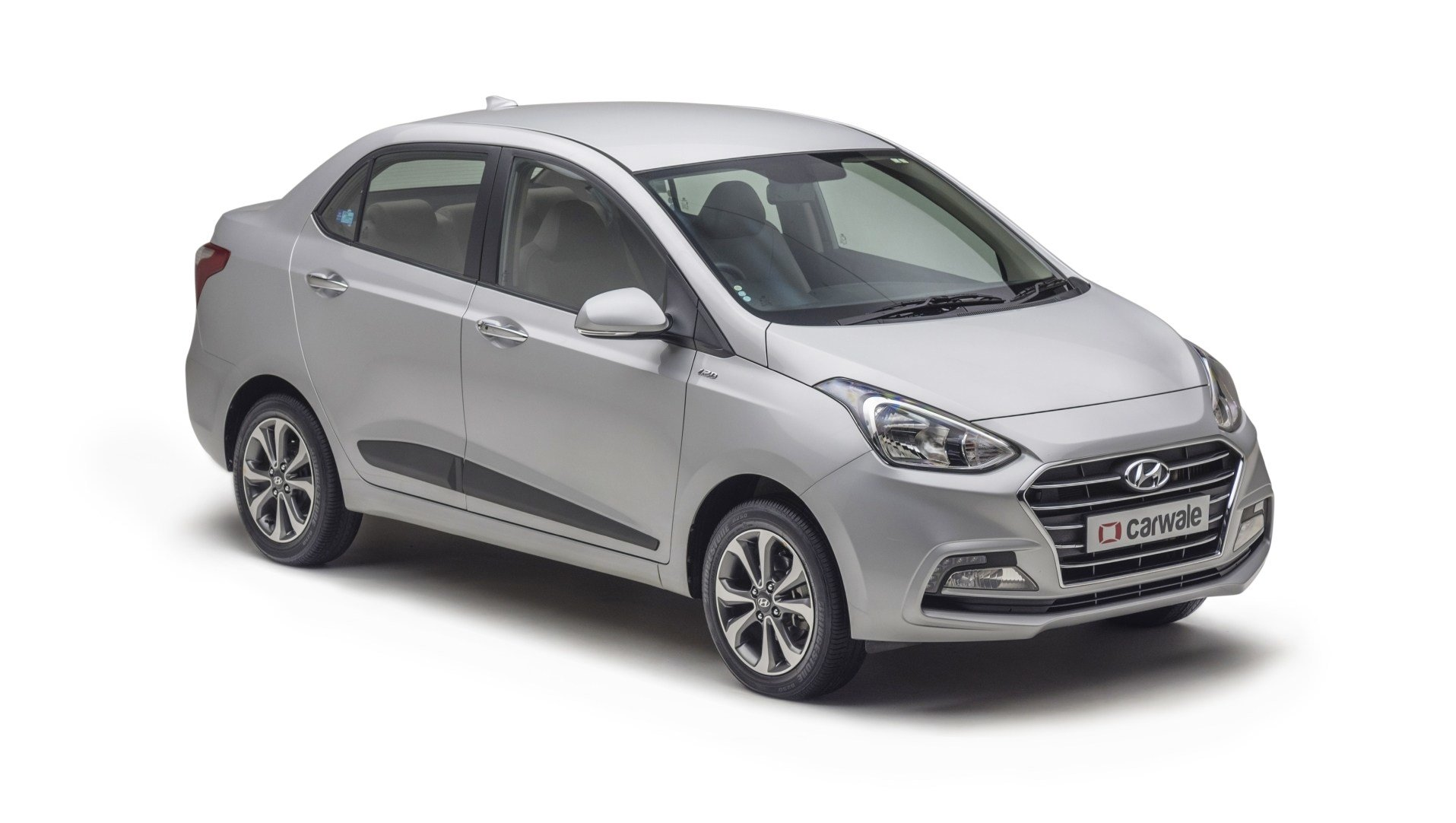 Latest Hyundai Xcent Sleek Silver Colour Xcent Colours In India Free Download