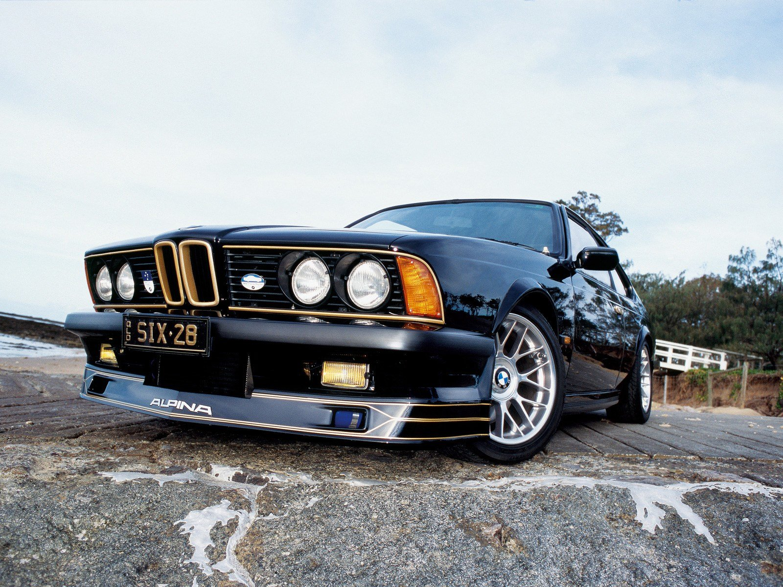 Latest Bmw E24 Special R32Taka Free Download
