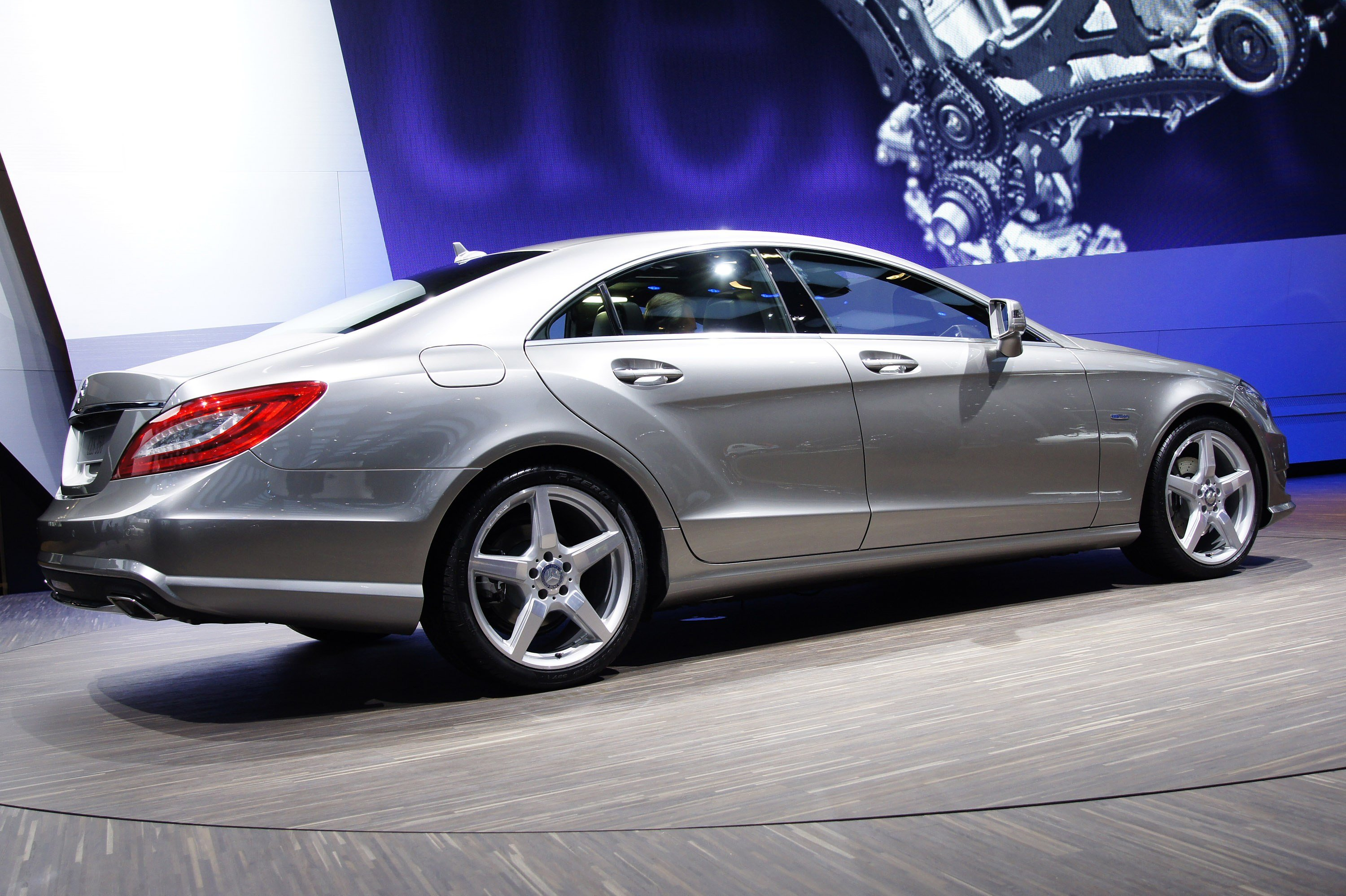 Latest Mercedes Benz Cls 350 Paris 2010 Picture 43287 Free Download