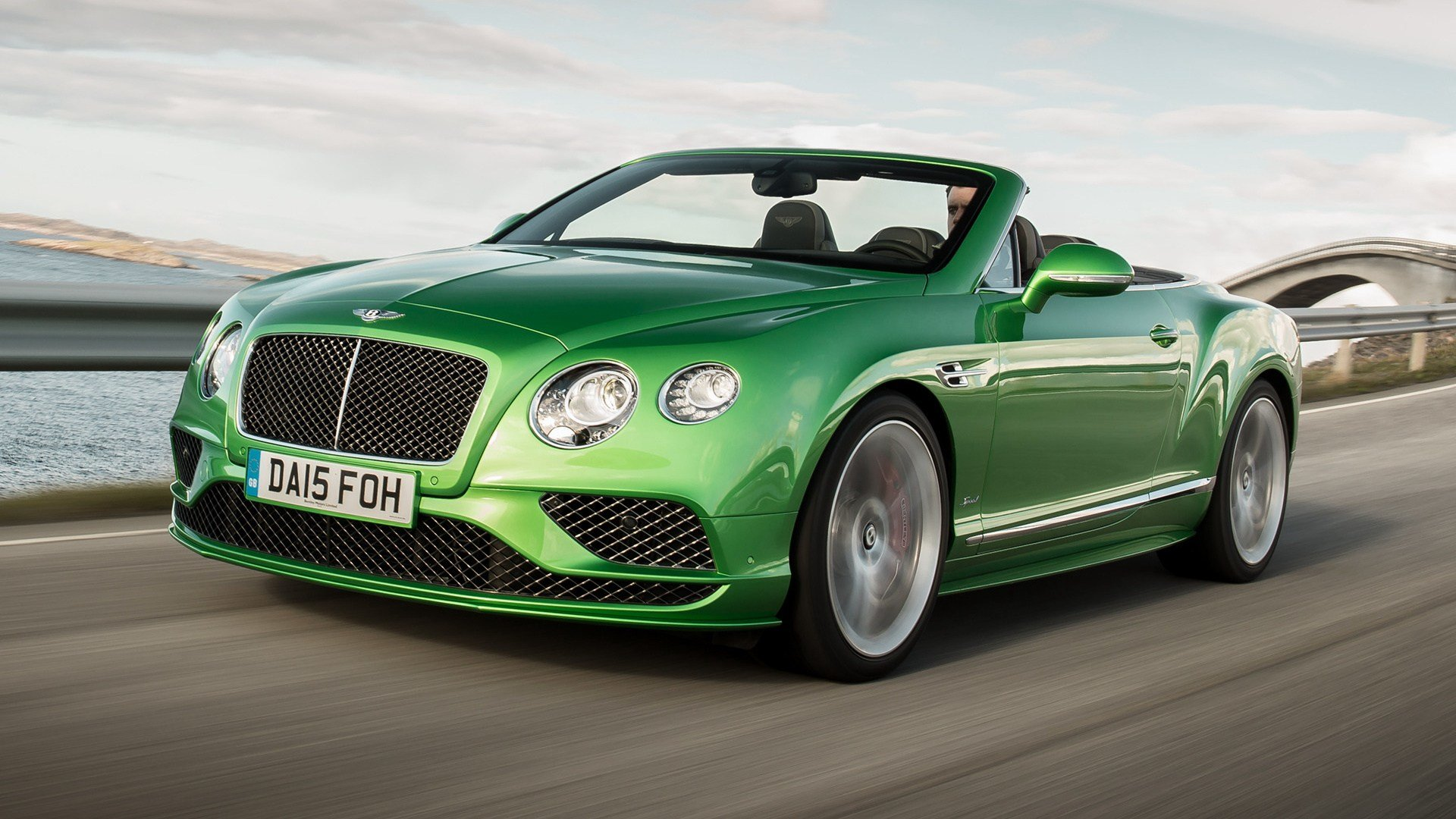 Latest 2015 Bentley Continental Gt Speed Convertible Wallpapers Free Download