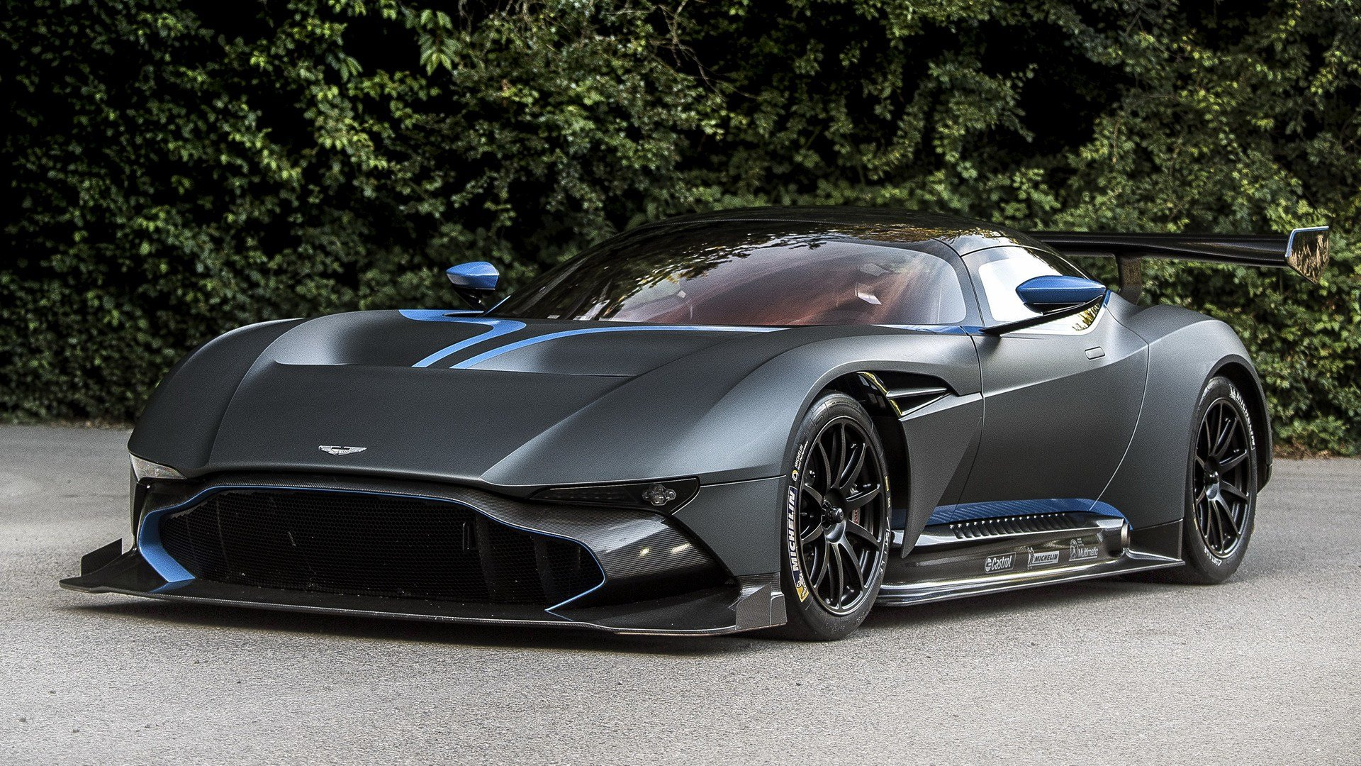 Latest 2015 Aston Martin Vulcan Wallpapers And Hd Images Car Free Download