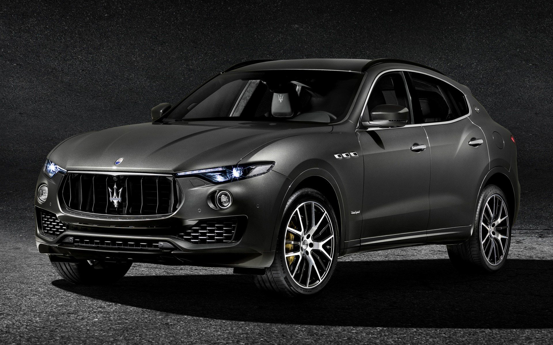 Latest 2017 Maserati Levante Gransport Wallpapers And Hd Images Free Download