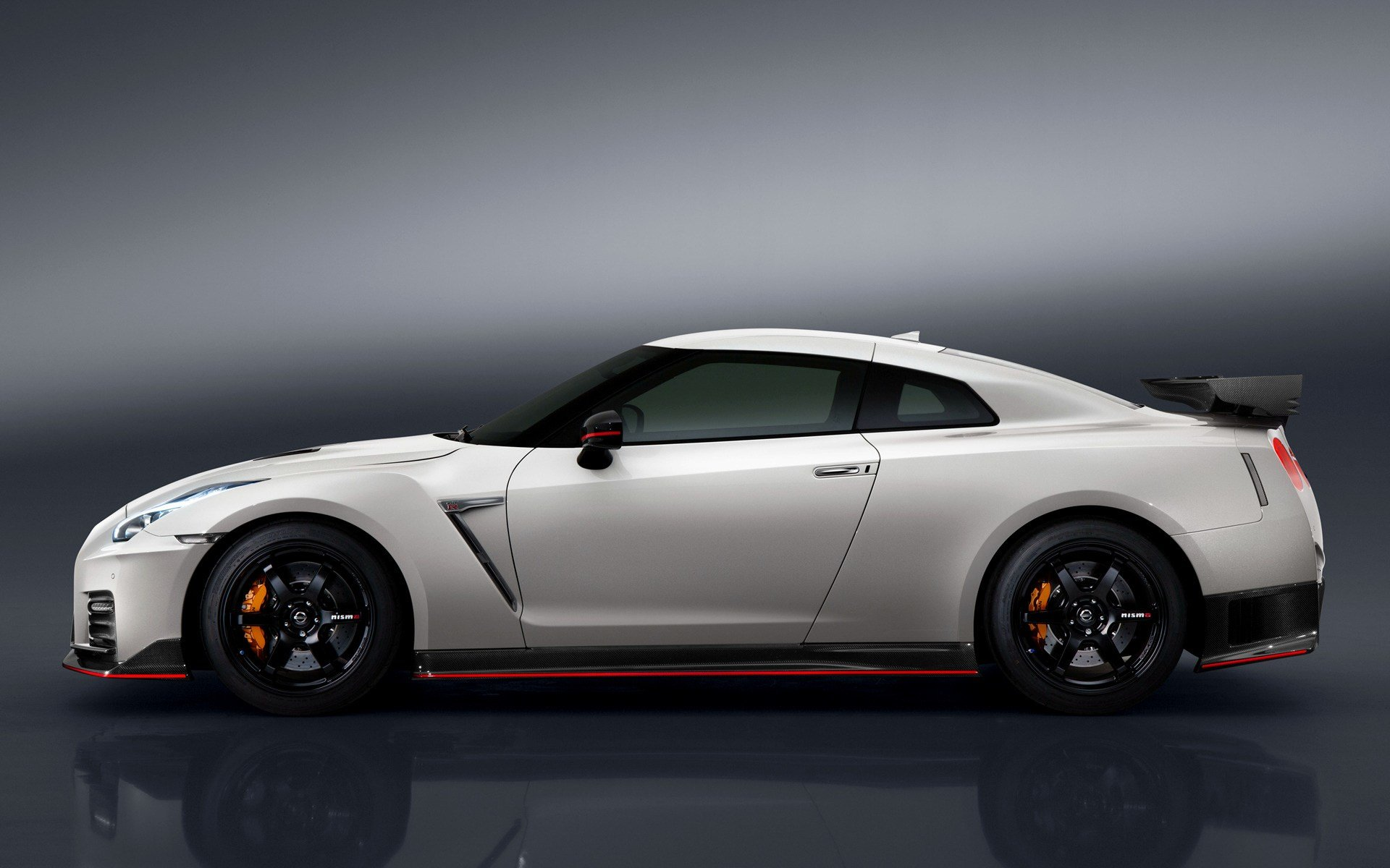 Latest 2016 Nissan Gt R Nismo Wallpapers And Hd Images Car Pixel Free Download