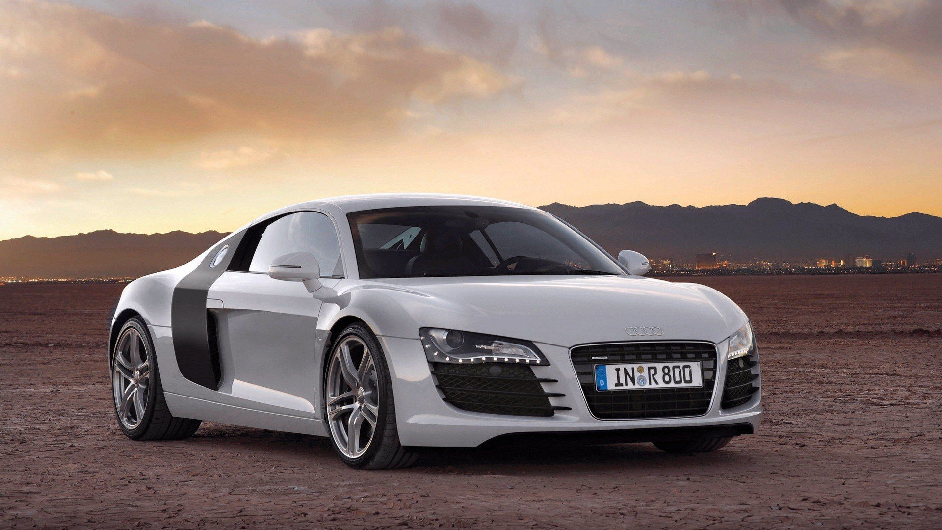 Latest Car Audi R8 Wallpapers Hd Desktop And Mobile Backgrounds Free Download
