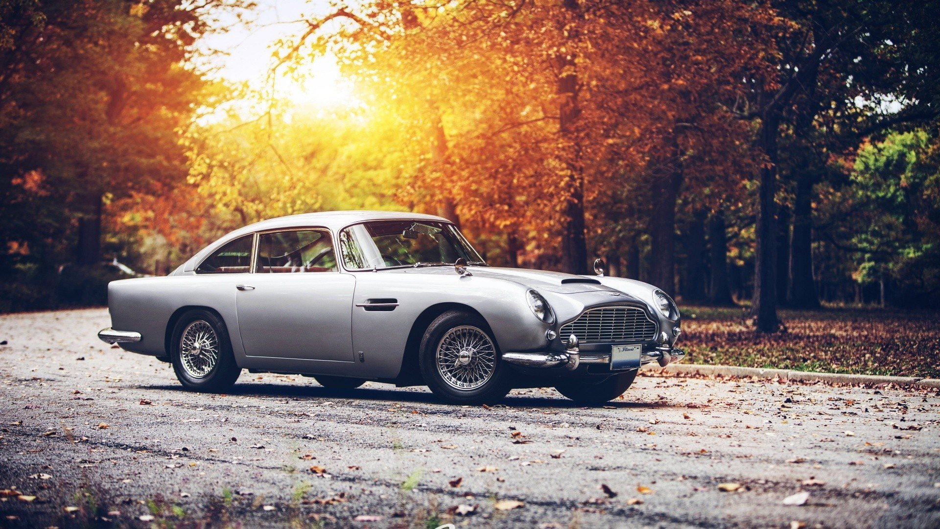 Latest Aston Martin Db5 Car James Bond Bond Cars Wallpapers Hd Free Download