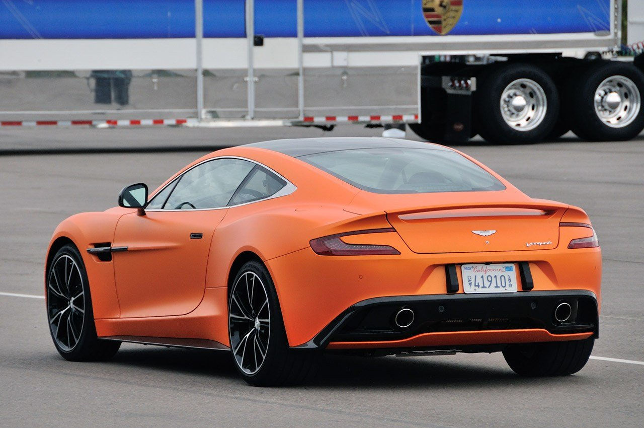 Latest 2014 Aston Martin Vanquish 20 Car Hd Wallpaper Free Download
