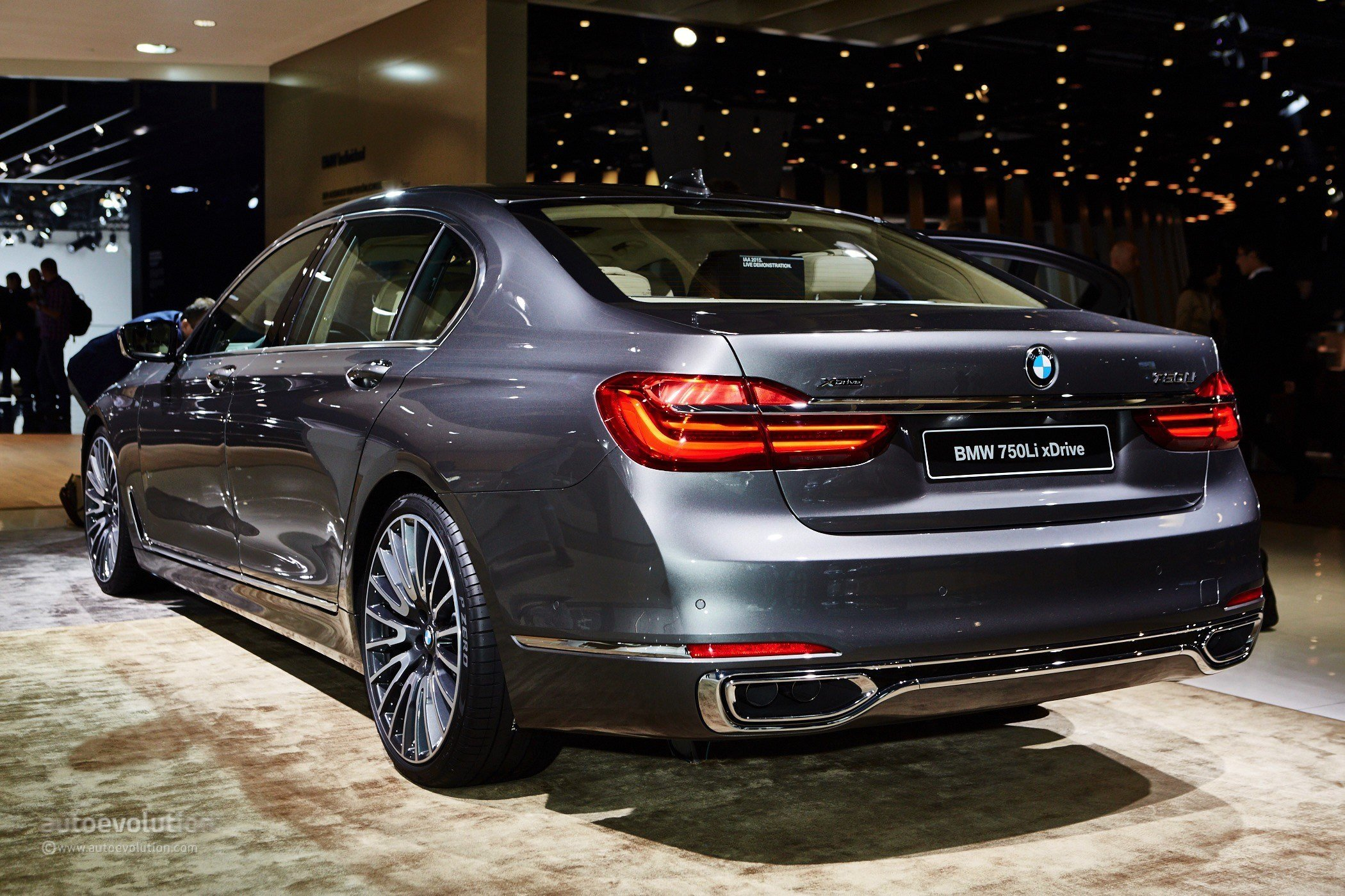 Latest 2016 Bmw 7 Series Shows Up In The Metal At Frankfurt Free Download