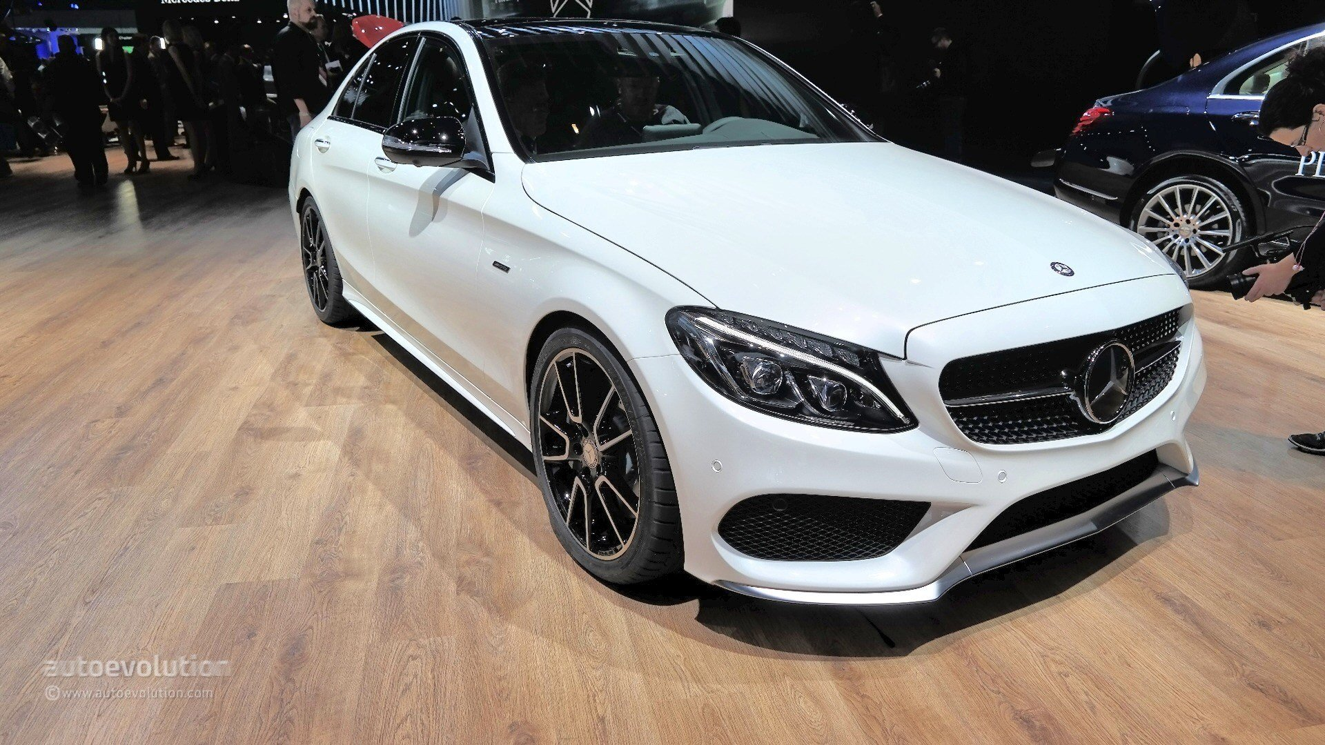 Latest Mercedes Benz C450 Amg Sport Looks Ordinary At 2015 Free Download