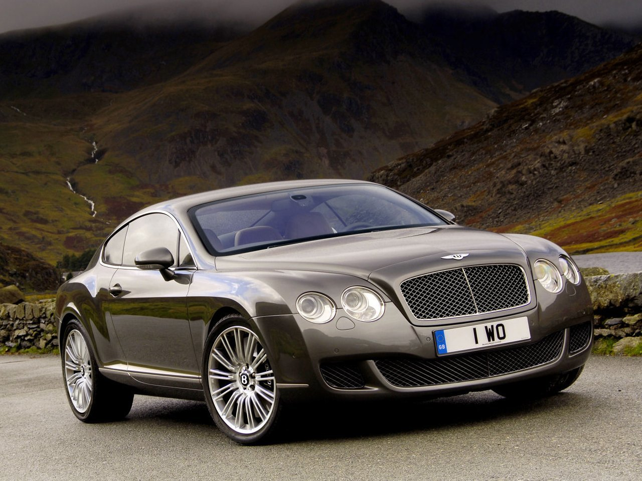 Latest Car New Models Wallpapers Bentley Continental Gt Free Download