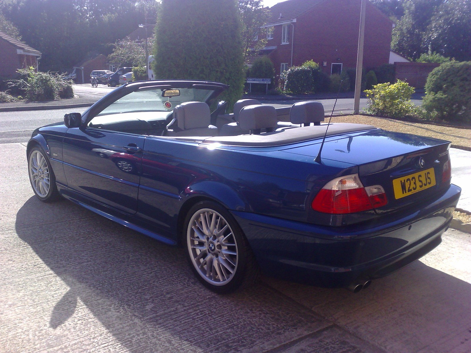 Latest View Of Bmw 330 Ci Cabriolet Photos Video Features And Free Download