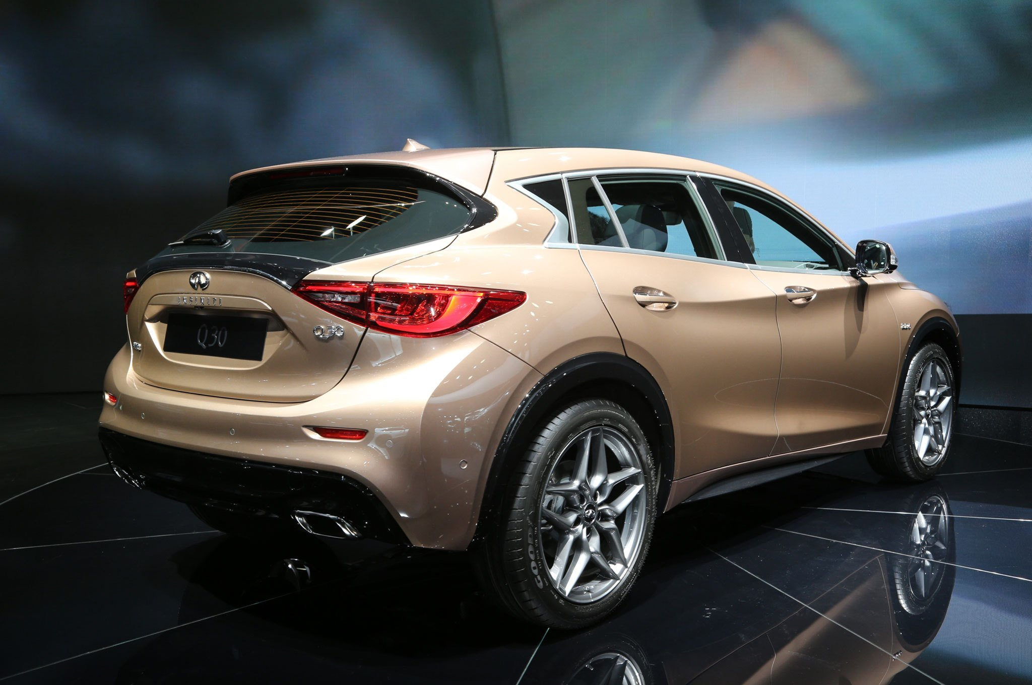 Latest 2017 Infiniti Q30 Is The Luxury Brand S First Compact Free Download