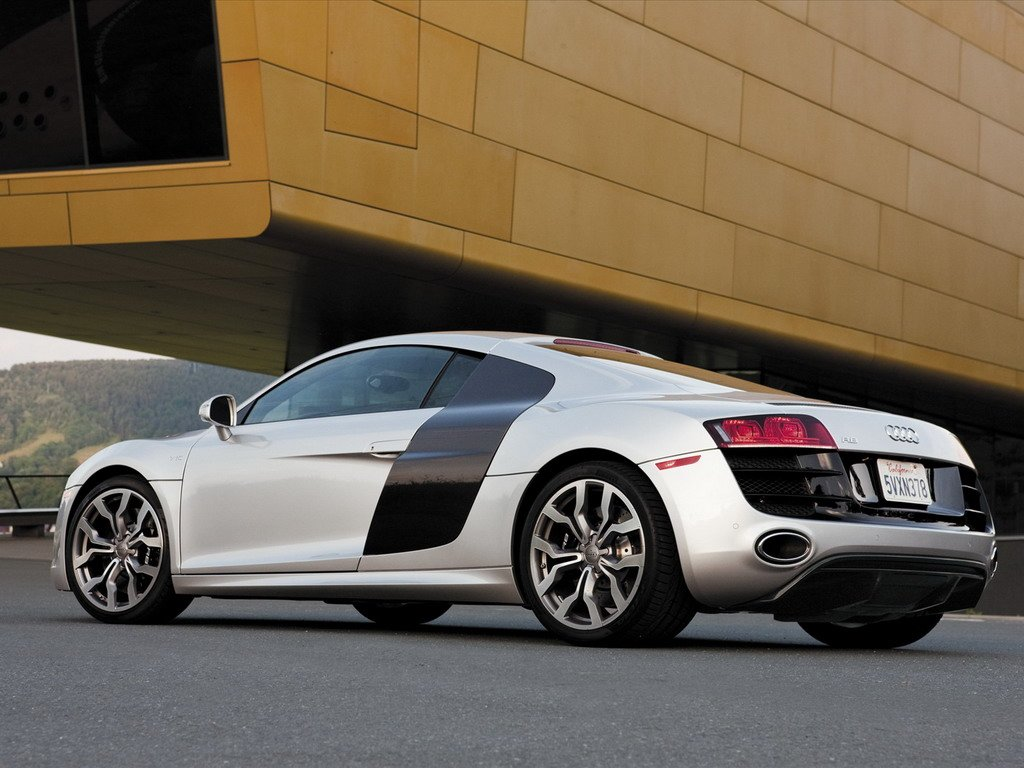 Latest Audi R8 Cars 2010 Audi R8 Free Download