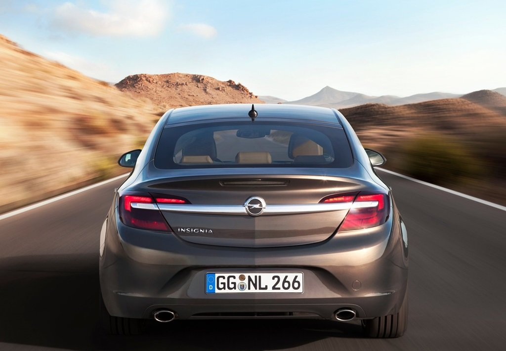 Latest Opel Insignia 2014 Car Wallpapers Free Download