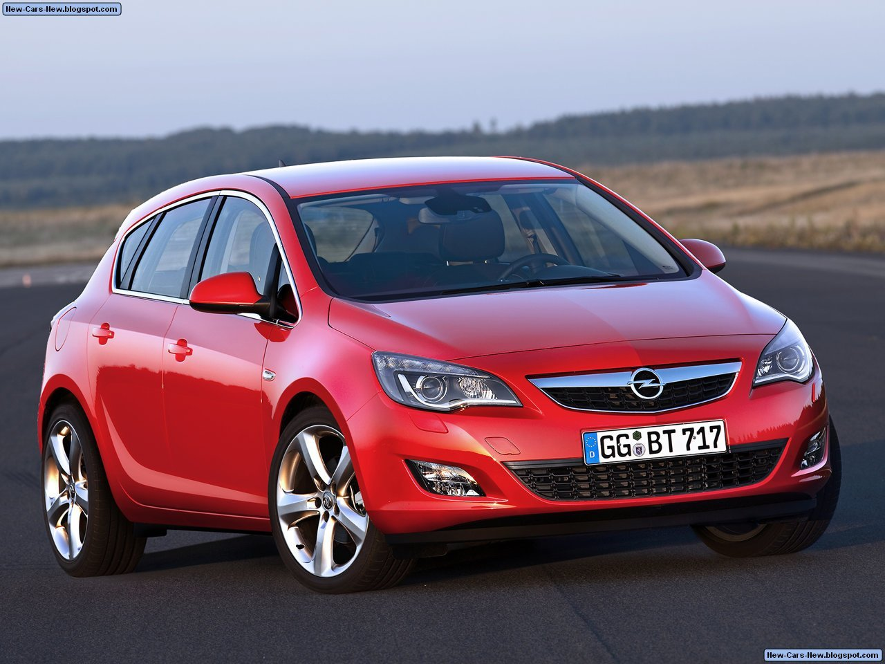 Latest Opel Astra 2010 Free Download