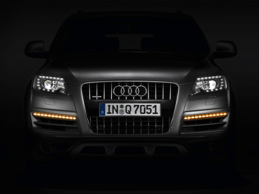 Latest The Car Audi Q7 Download Free Wallpaper For Desktop Cars Free Download