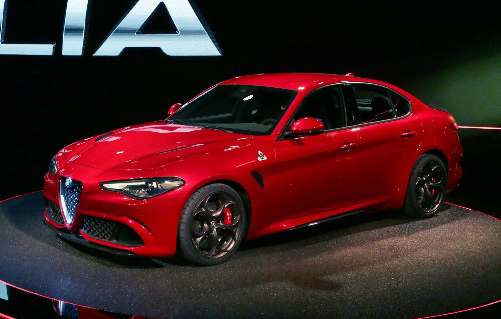 Latest Alfa Romeo Giulia Qv With 510Ps Official Details And High Free Download